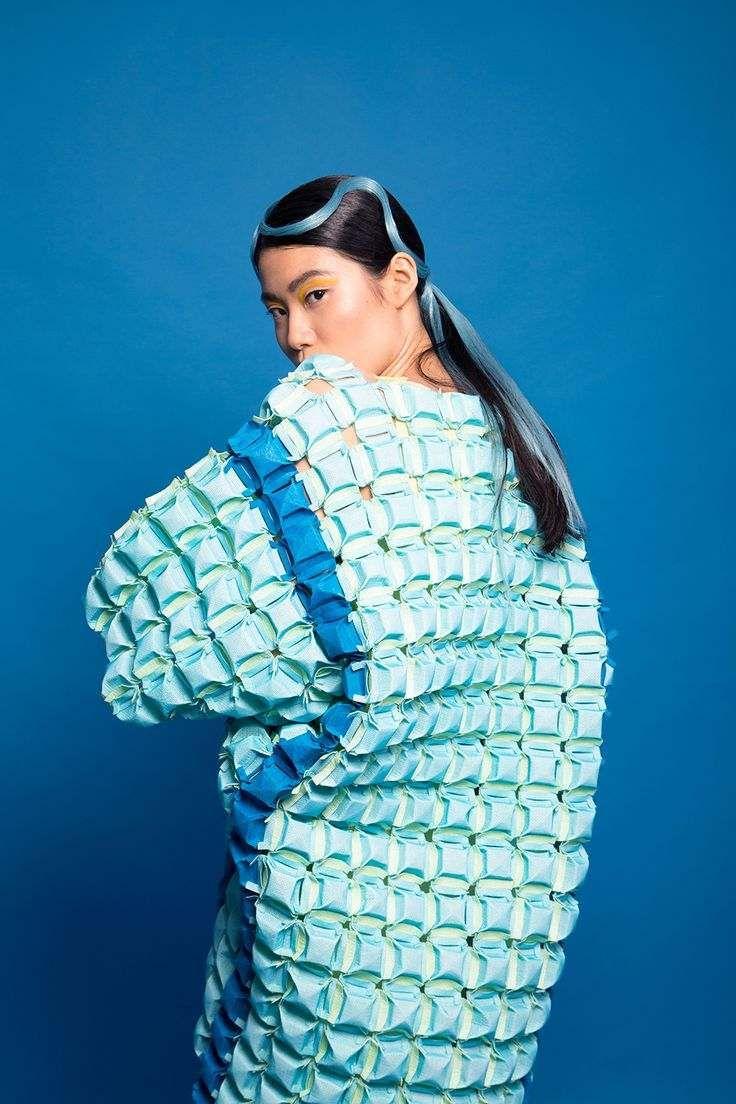 Inspiration mode origami : l'artwork de plier le papier japonais encourage les créateurs de mode contemporains