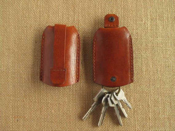 Leather key holder with pull strap keychain key pouch by leatherAM