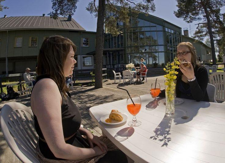 Taking a break on the terrace of Cafeteria-Restaurant Granni in Pello's
