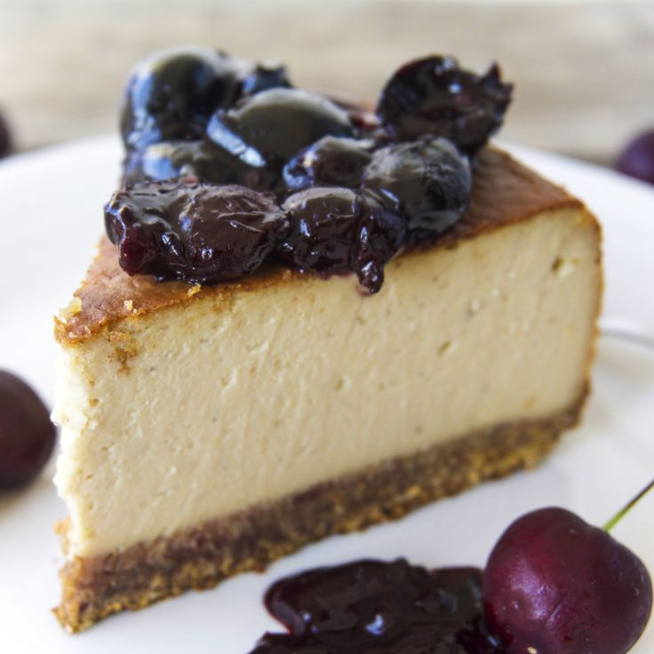 The Tasty K | Creamy Vegan Cheesecake | http://thetastyk.com