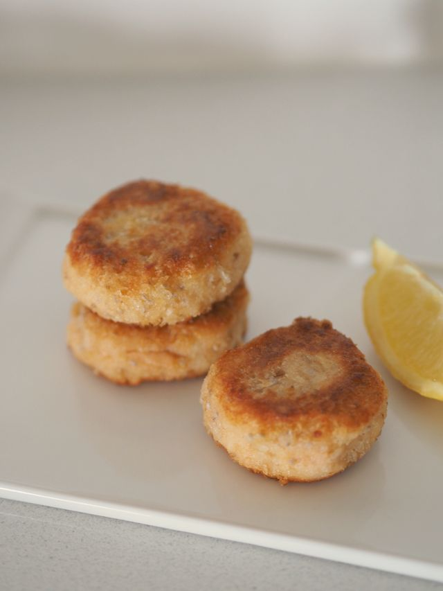 In the Thermomix: Salmon rissoles