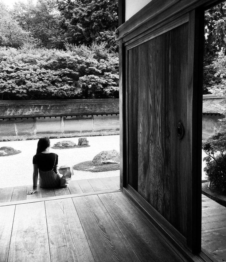 [ Contemplation pensive ] , ...#ryoanji #tree #japantree #artbasel  #poetry #streetartglobe #art #awesome #architecture #l4l #ig_worldclub #bnw #ig_sensual_art #sketch_daily #worldofartists #landscape #beauty #draw #sketchporn #love #rsa_minimal #photooftheday #excellent_bnw #visual #minimalism #ig_bw #symetrical #bnw_one #japan
