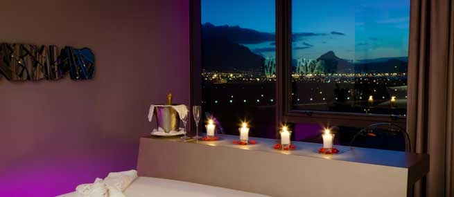 Set the mood - African Pride Crystal Towers Hotel & Spa