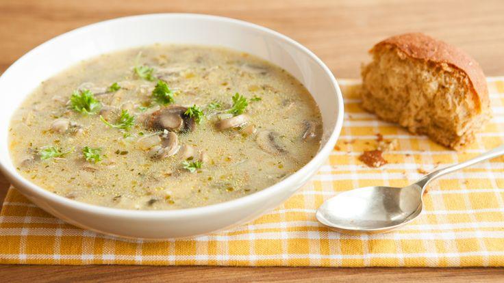 Soupe à l'orge et aux champignons