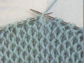 Dziana Moda: Duży sweter otulakLiczba oczek parzysta.  Rz.1 - oczka prawe  Rz.2 - 1 o. brzeg., *1 o. prawe, 1 narzut, 1 o. przełożone bez przerabiania - nitka z tyłu*, 1 o. brzeg.  Rz.3 - 1 o. brzeg., *1 o. prawe, narzut przełożyć bez przerabiania na prawy drut - nitka z tyłu, 1 o. prawe*, 1 o. brzeg.  Rz.4 - 1 o. brzeg., *nitkę przełożyć do przodu, 1 narzut, 1 o. przełożone bez przerabiania, przerobić  kolejne oczko na prawo razem z narzutem z poprzedniego rzędu*, 1 o. brzeg.  Rz.5 - 1 o.