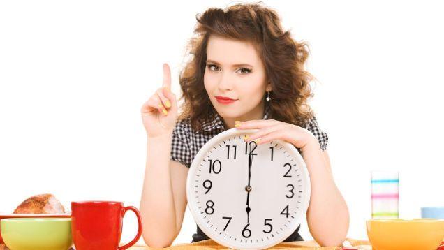 Чтобы похудеть ограничиваем рацион, не едим перед сном, но и не голодаем благодаря диетическим снекам Night Snack!