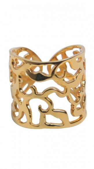 Gold Ring / Manola Velez