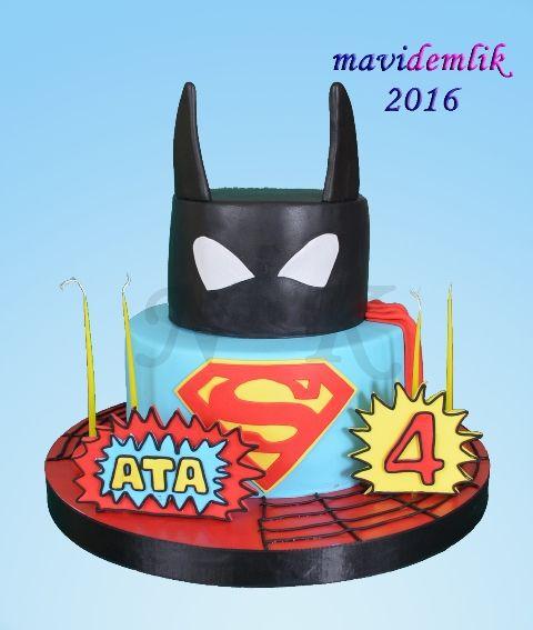 mavi demlik mutfağı- izmir butik pasta kurabiye cupcake tasarım- şeker hamurlu-kur: ATA'NIN BATMAN SPİDERMAN VE SUPERMAN 4 YAŞ PASTASI...