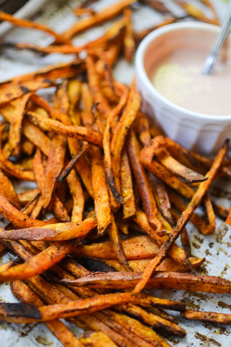 baked sweet potato fries with comeback dipping sauce