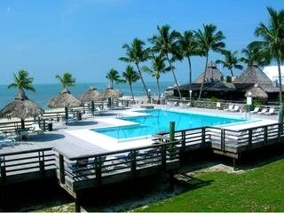 People have realized that this is the best and   the most affordable way of owning holiday rental properties without having to go through scrupulous methods of processing title deeds if needed.  http://timesharestore.org/