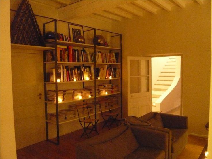 Living Room - South of France - Lounge - Book & Shelves