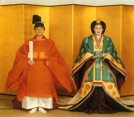 Current Japanese Crown Prince Naruhito and Priness Masako.   The state of the wedding ceremony. 1993. The attire of the Heian era.