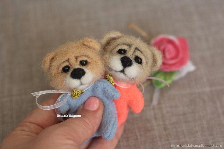 Купить Авторский валяный Карманный мишка в интернет магазине на Ярмарке Мастеров