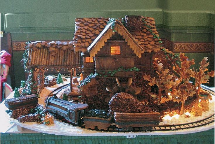 Former Third-Place Winner Cheryl Fullmer of West Bountiful, UT, added punch with a gingerbread train that really runs.