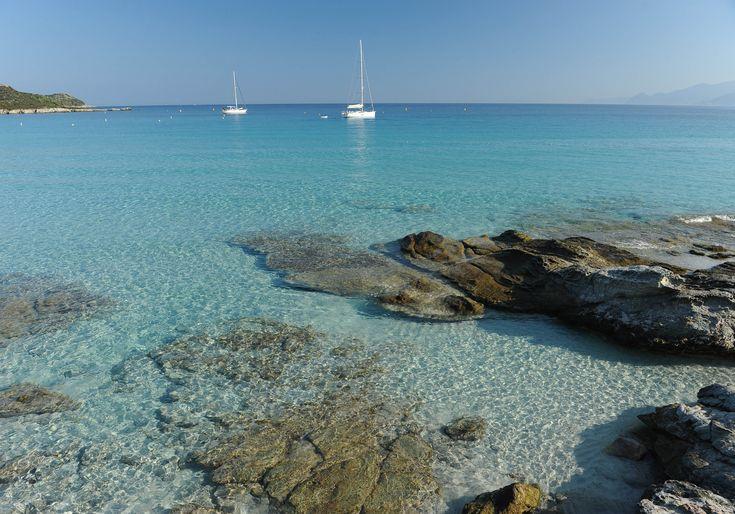 Plage Méditerranée : notre guide des plus belles plages de la Méditerranée - Elle