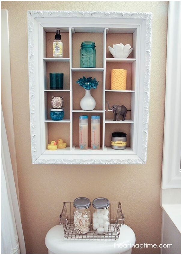 10 creative ways to decorate with dollar store picture frames 3 - Decorate Pictures