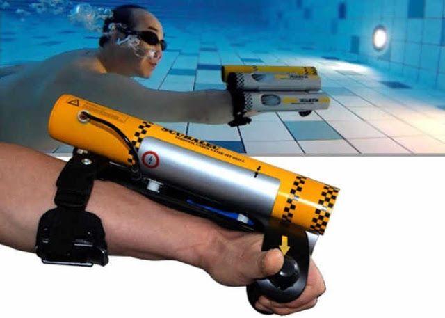 Scubalec es un sistema de propulsión a chorro de agua para disfrutar de los fondos marinos