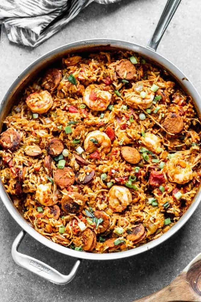 This Easy Jambalaya Recipe Is Packed With Spicy Andouille Sausage Shredded Chicken Sweet Shrimp And Of Cour Jambalaya Recipe Easy Jambalaya Recipe Jambalaya