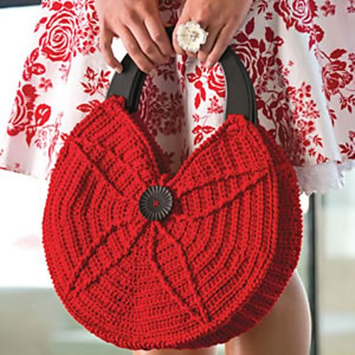 Ravelry: Roundabout bag pattern by Debra Arch. Published in Crochet! Magazine, Summer 2012.