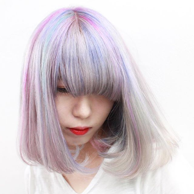 WEBSTA @ jooji99 - パステル系メッシュを施したスーパーハイトーンカラー。#vrcolor#haircolor#헤어스타그램#염색#헤어스타일#뷰스타그램 #헤어스타일#미용실#염색#manicpanic#art#マニックパニック#hair#ハイトーンカラー#ホワイトブリーチ#ブリーチ#セクションカラー#portrait#photographer