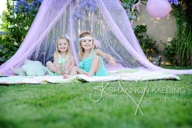 I want two little girls and their names would be Fleur Elise and Amelia Rose. Fleur means flower in French. Love the name!: Kids Photography, Kid Photography Two, Beautiful Photography, Adorable Kids, Photography Blog, Photography Inspiration, Photography Ideas