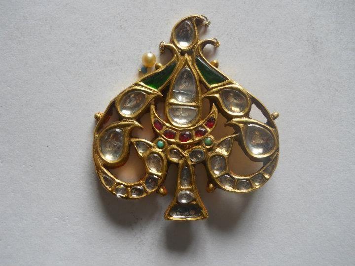 #kundan  , #diamond, #polki, #indianjewelry, #india, #shaadijewelry, #shaadi, #gold, #goldjewelry