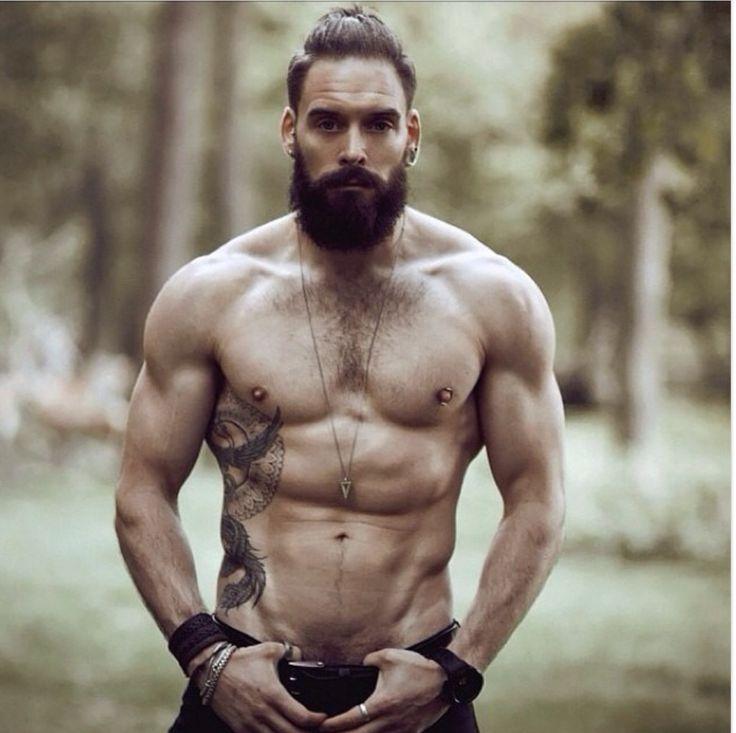 Muškarac dana - Page 2 04cf1f1082036644123058fb571db79b--tattoo-guys-beard-tattoo