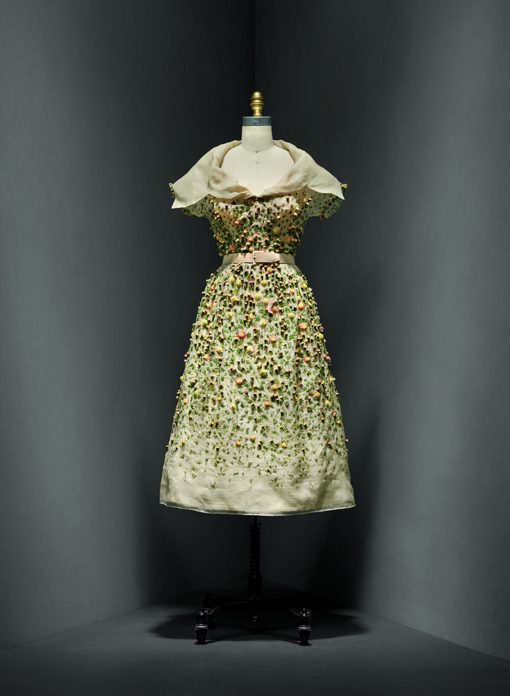 Christian dior french 1905 1957 vilmiron dress for What does couture mean in french
