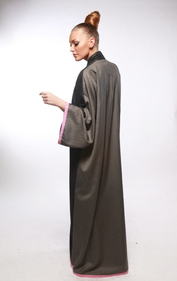 Butterfly Abaya #abaya #kaftan #caftan #jalabiya #bisht #arabfashion #dara #muslimfashion #asianfashion #middleeastern #luxury #elegant #modest
