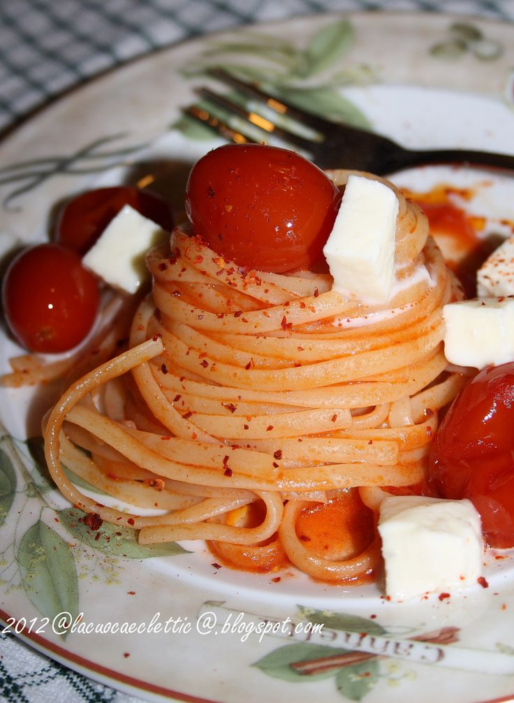 Linguine al filetto di pomodoro | Delicious.. | Pinterest