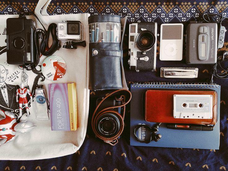 https://flic.kr/p/Et3Xds | 一個屬於情懷的上午…… #LeicaM2 #minilux #portra400 #SONY #Walkman #RX1R #Michael #IPOD