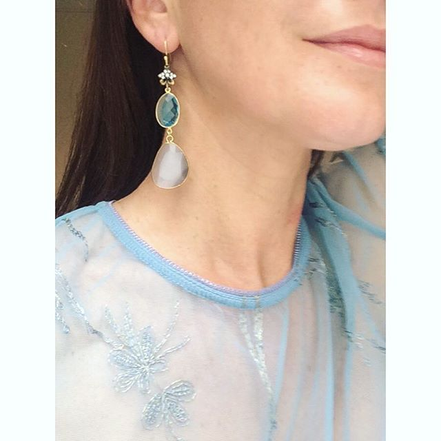 Our definition of subtle elegance: a embroidered tulle blouse and a refined pair of our Crystallia earrings! #earrings #embroidery #tulle #jewelrydesign  To shop the earrings click on http://www.katerinapsoma.com/collections/earrings/products/crystallia-earrings-5