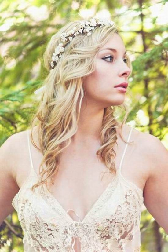 Fall rustic wedding hairstyle with flower head wreath