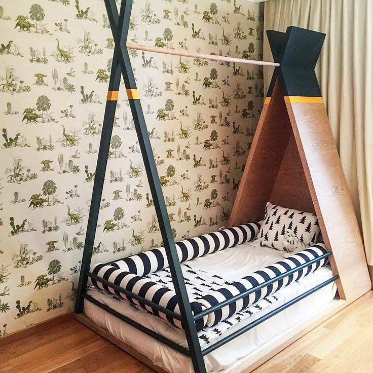 How cute is this custom bed design by our friends from @eggprojects 😍 Bravo