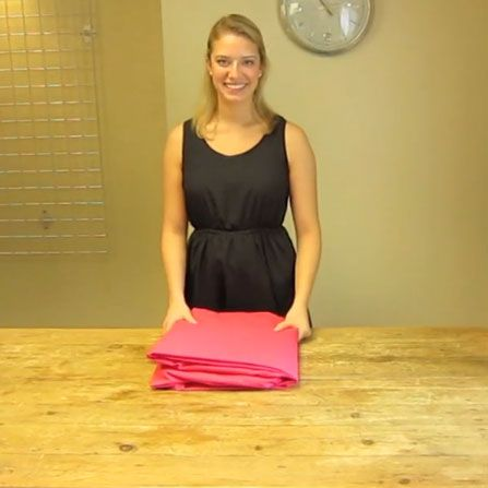 Ahh, folding a fitted sheet. Few laundry tasks are quite as exasperating. Take a look at our video to learn how to fold a fitted sheet in just 30 seconds! #tips #howto