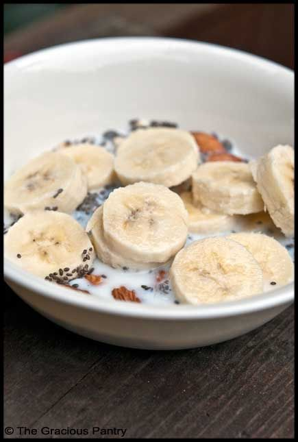 Clean Eating Banana Muesli  (Makes 1 serving)    Ingredients  1/4 cup raw, old fashion oats  1/4 cup raw almonds  1 tbsp. chia seeds  1/2 banana  1/4 cup fat-free milk, soy milk or almond milk-BREAKY :)