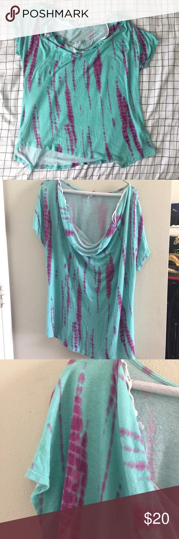 SPLENDID Size 2X Tie Dye Plus Size Slouchy Top SPLENDID Women's Size 2X Tie Dye Plus Size Slouchy Top  Size: 2X Short Sleeves  Materials: 100% Rayon  Measurements: Chest: 25in Waist: 22in Length: 26in Anthropologie Tops Blouses