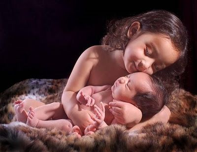 Cute Sisterly Love Images - Babies Pictures   Pictures of Lovely Babies. Dear Sibling Do you know how much I care for you? Sister's Love to Her Sibling - Cute Babies Pictures  --  Baby Girl Pictures Beautiful Babies Cute Babies Cute Girls