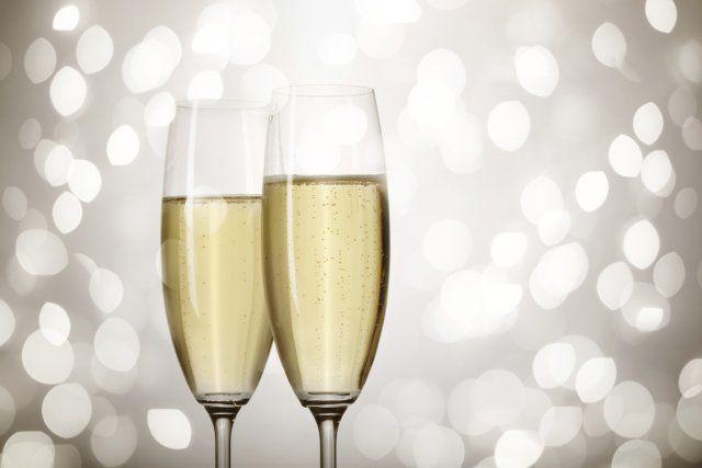 L'an dernier, plus de 1 million de bouchons de mousseux, dont 200 000 de champagne, ont sauté pendant le temps des Fêtes au Québec. Pour animer vos discussions autour de vos flûtes, le spécialiste Gérard Liger-Bélair nous présente cinq faits inusités sur le champagne.