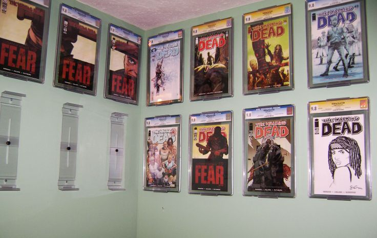 25 best ideas about comic book display on pinterest comic book rooms comic room and design. Black Bedroom Furniture Sets. Home Design Ideas
