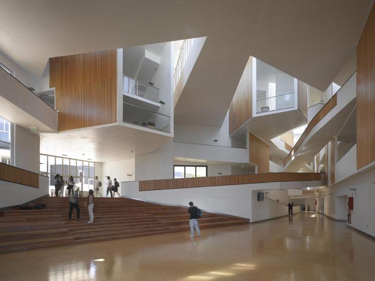 Imagen 15 de 23 de la galería de Arquitectura del Campus Universidad Adolfo Ibañez / José Cruz Ovalle y Asociados. Fotografía de Roland Halbe