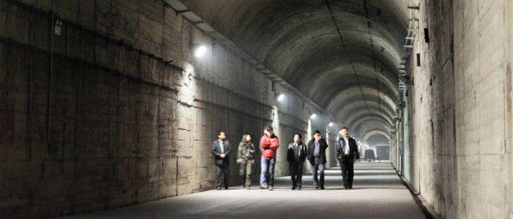 InfoNavWeb                       Informação, Notícias,Videos, Diversão, Games e Tecnologia.  : China abre as portas de bunker nuclear secreto