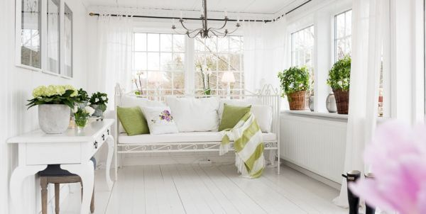 Excelent Clic White Interior Cottages That And Charming
