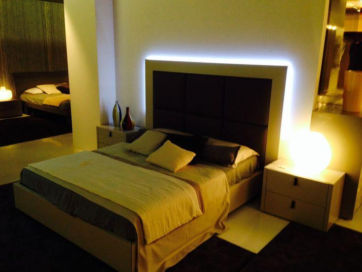 Oltre 1000 idee su testiera ad angolo su pinterest letti ad angolo testiere e piccole camere - Sofa smeedijzeren ...