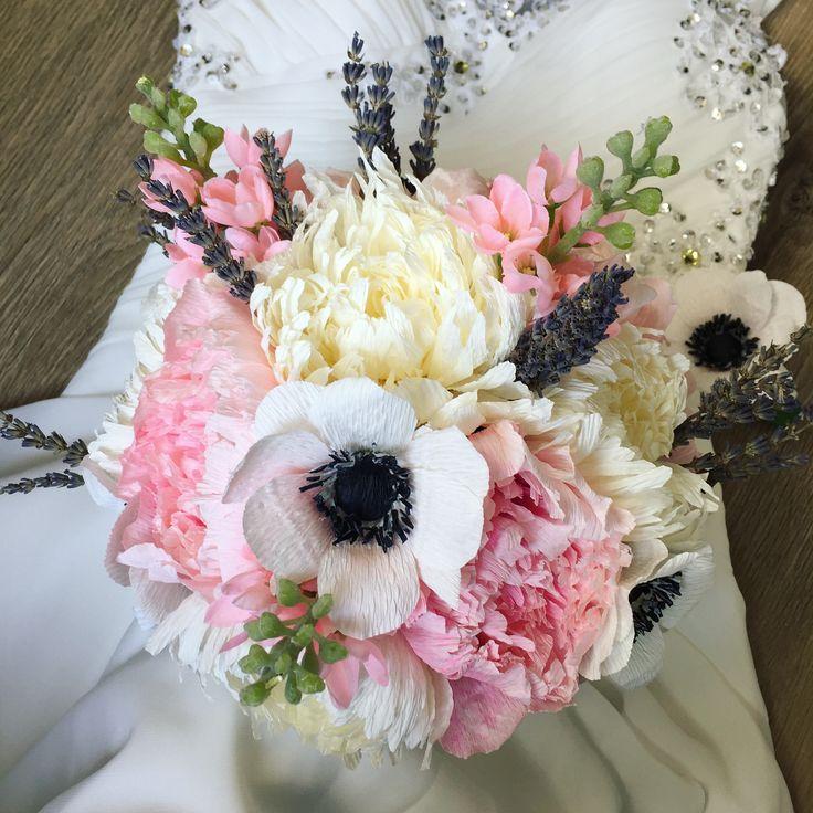 """63 Likes, 7 Comments - Ligia Bichiri (@ligiabichiri) on Instagram: """"#crepepaperpeony #crepepaperanemone #crepepaperflowers #crepepaperrevival #paperflower…"""""""