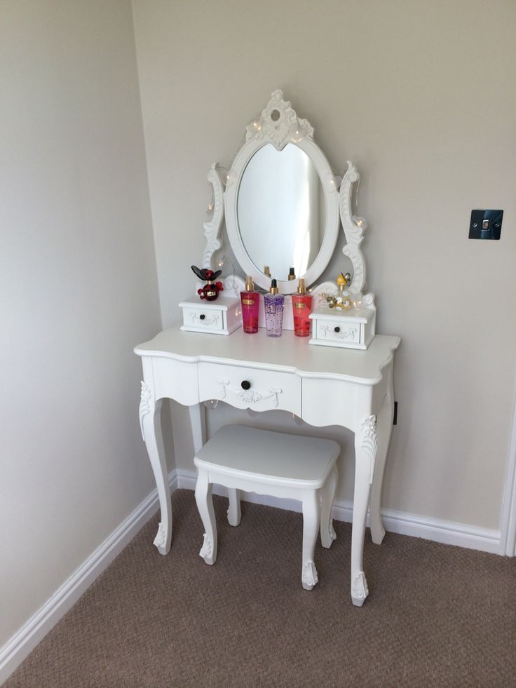 My Toulouse dressing table from Dunelm Mill!