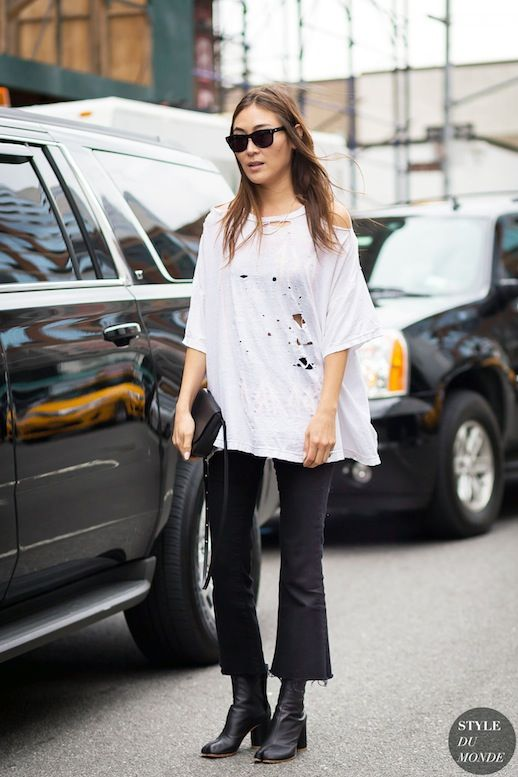Street Style: Get Jayne Min's Edgy Kick Flare Look (Le Fashion)