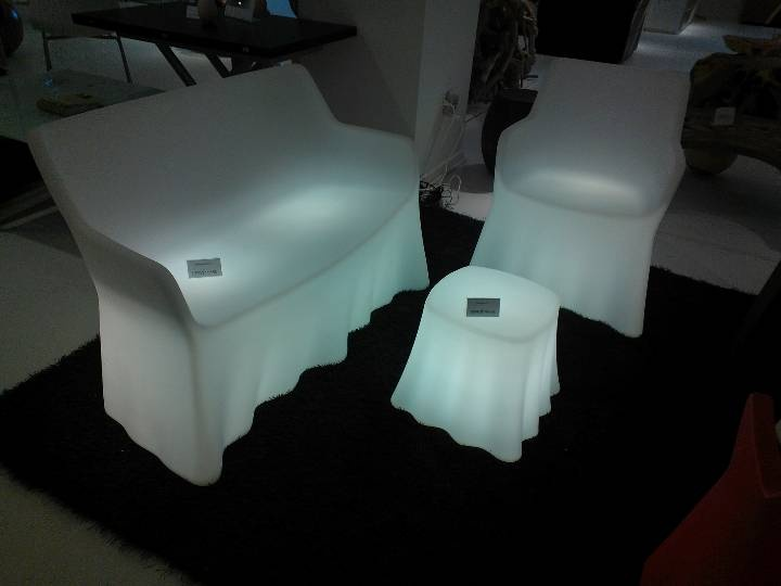 Ghostly glowing outdoor furniture from Domitalia.