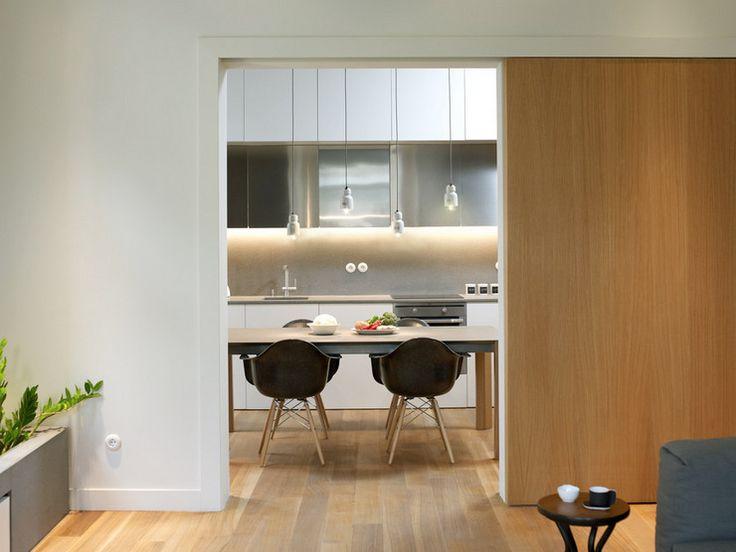 La déco bois d\'un appartement rénové par les architectes d ...
