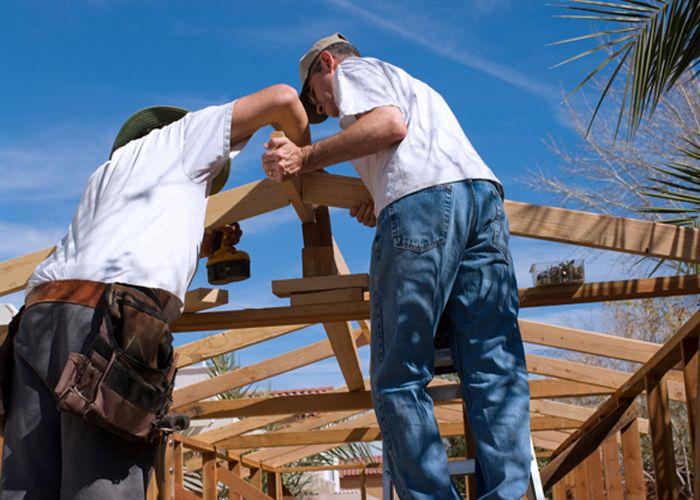https://i.pinimg.com/736x/04/d2/ae/04d2aeac7c88c20fbefdc48472ec1fd7--roofing-contractors-commercial-roofing.jpg